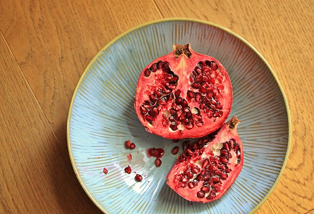 pomegranate-1228370_640